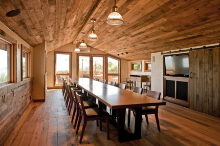The Monte Bello Suite, situated off the historic Torre Winery Barn