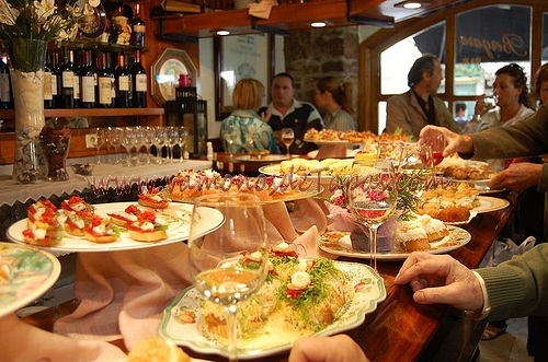 One of my favorites in San Sebastian - Bar Bergara.  Image courtesy of vamonosdetapas.com