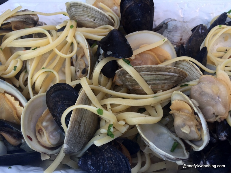 A Taste of Lazio - Spicy Linguine with clams and mussels